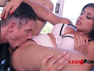 Sensual seductress Ella Knox fucked in doggy style to make her titties sway GP470